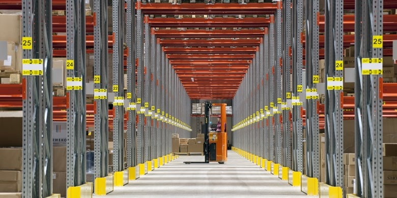 p90 standard wide aisle Pallet Racking